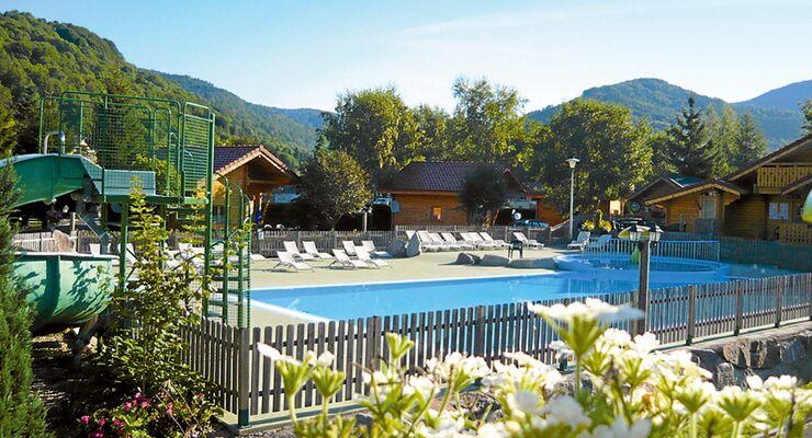 Campingplatz mit Sicht auf die Berge: Domaine de Champé.