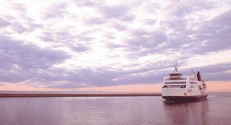 Im Zusammenhang mit der aktuellen Flottenmodernisierung stellt die deutsch-dänische Reederei ein neues Gastronomie-Konzept vor