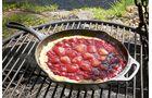 Je nach Hitze ist der Kuchen nach 30 Minuten fertig.