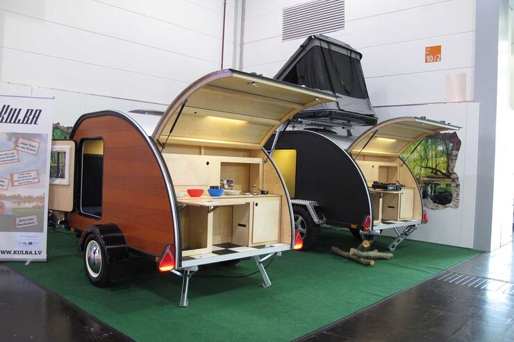 mini caravans auf dem caravan salon 2017 caravaning. Black Bedroom Furniture Sets. Home Design Ideas