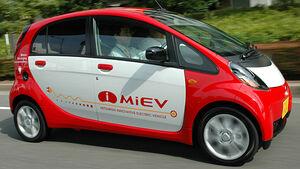 Ladestation elektro auto zugwagen caravan reisemobil wohnwagen wohnmobil ADAC