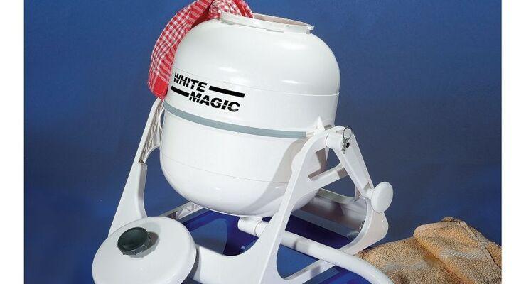 Movera hat die White Magic Handwaschmaschine im Programm, in die ein Füllgewicht von 2,2 Kilogramm passt.