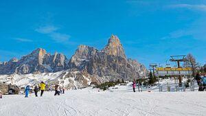 Skigebiet am Passo Rolle in den Dolomiten