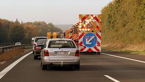 Autobahnbaustellen Autofahrer Dekra Reisemobil Wohnmobil Caravan Wohnanhänger