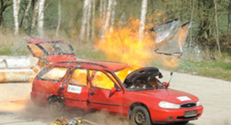 Häufig ereignen sich Unfälle beim Transport oder bei nicht fachgerechter Anwendung von Propan- und Butangasflaschen.