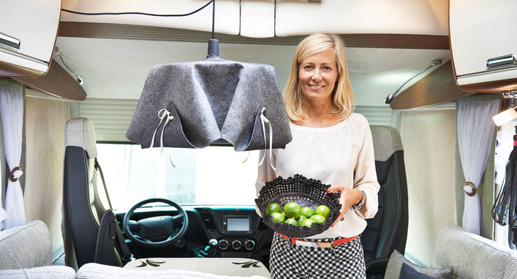 """Judith Milberg, die kreative Ratgeberin von Niesmann+Bischoff gibt """"Do-it-yourself-Tipps"""" für das mobile Fahrzeug. Die Expertin rückt ziemlich alltägliche Dinge in ein neues Licht."""
