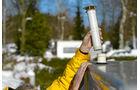 Mit einer Kaminverlaengerung ist viel Neuschnee auf dem Dach kein Problem.