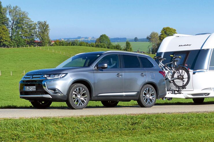 mitsubishi outlander 4wd im zugwagentest der siebensitzer caravaning. Black Bedroom Furniture Sets. Home Design Ideas