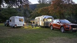 Niewiadow N 126 NT vs. Airstream 685
