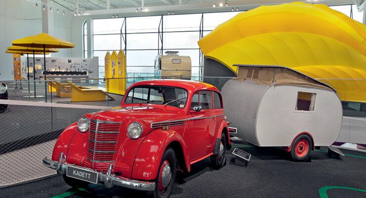 Opel Kadett mit Schweikert kleiner Strolch im Hymer Museum