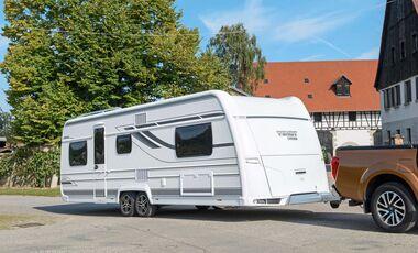 Hobby Wohnwagen Mit Etagenbett Und Festbett : Caravan göcke hobby kmf mit etagenbetten facebook