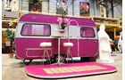Wohnwagenhostel Basecamp Bonn Drag Queen