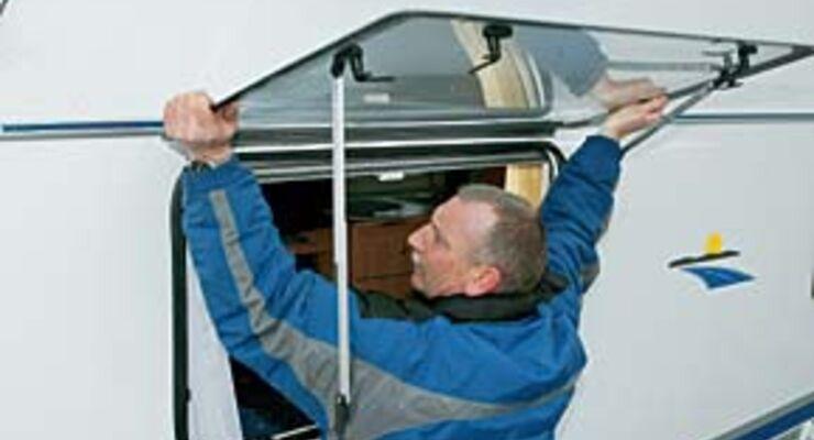 praxis tipp fensterpflege sauberer durchblick seite 3 caravaning. Black Bedroom Furniture Sets. Home Design Ideas
